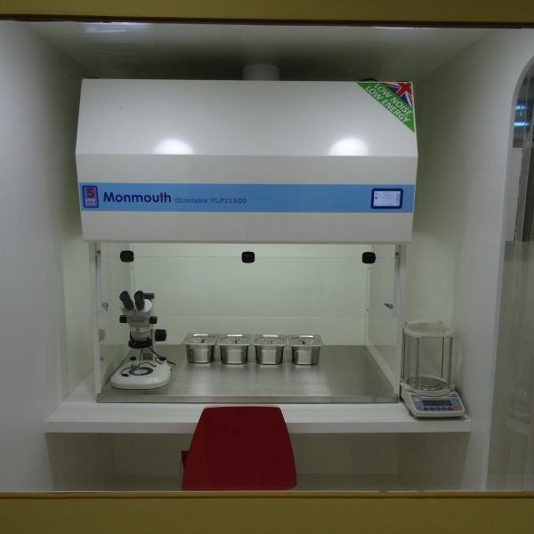 cleanroom-view-through-window